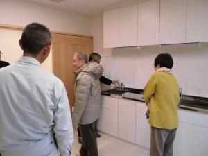 診察室や処置室に備え付けられた水栓やスイッチ類をひとつひとつチェック。
